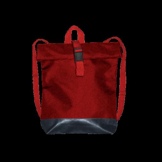 czerwony plecak street z czarnym dnem
